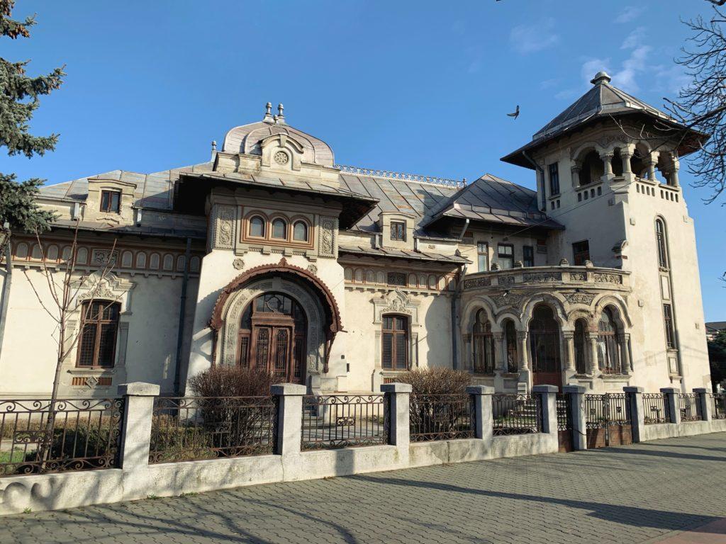 Casa celor 3 primari, printre care și a primarului Radu Stanian