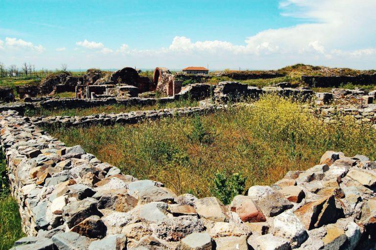 Ruinele unei așezări la Histria