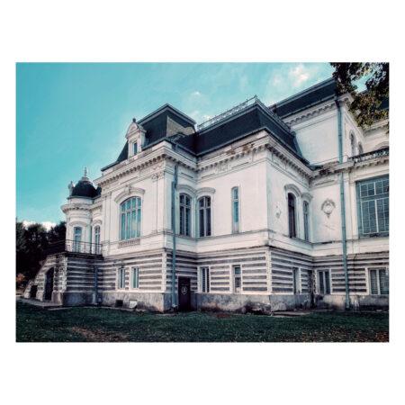 Spatele palatului Marincu din Calafat