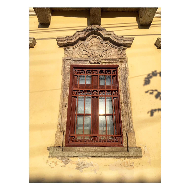 Casa Karatsony - ancadrament fereastră