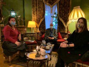 Întâlnirea-interviu cu domnul Chrissoveloni la Cafeneaua Micul Paris