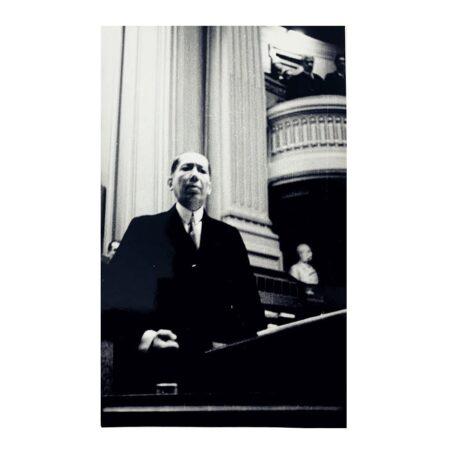 Discursul lui Nicolae Titulescu din Parlament din data de 4 aprilie 1934. Sursa: ANR Fototecă inv. 5243/1407 I - 6