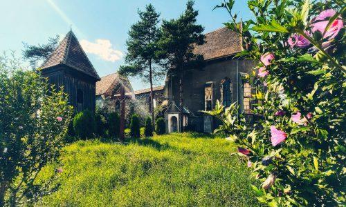 Biserica medievală din Micăsasa păstrează bolta pe ogive