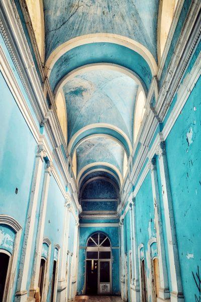 Interiorul Băilor Neptun - arcade